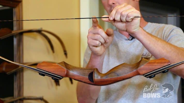 How to set the nocking point on the string of a traditional bow